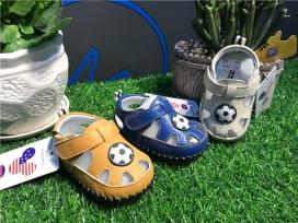 婴儿男童凉鞋
