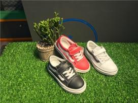 男童夹网布帆布鞋
